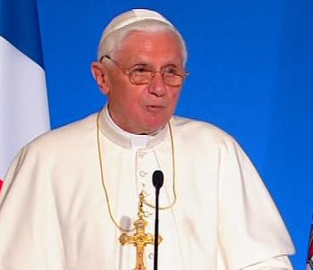 Benoît XVI à l'Elysée, lors de son voyage en France