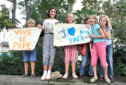 Les enfants aiment Benoît XVI !