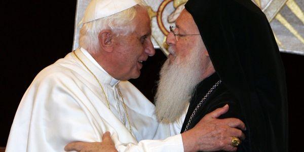 Benoît XVI et Bartholomee Ier, le 30 novembre 2006 à Istambul